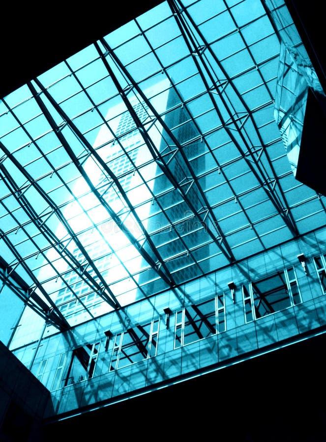 Het dakraam van het glas & van het staal stock fotografie