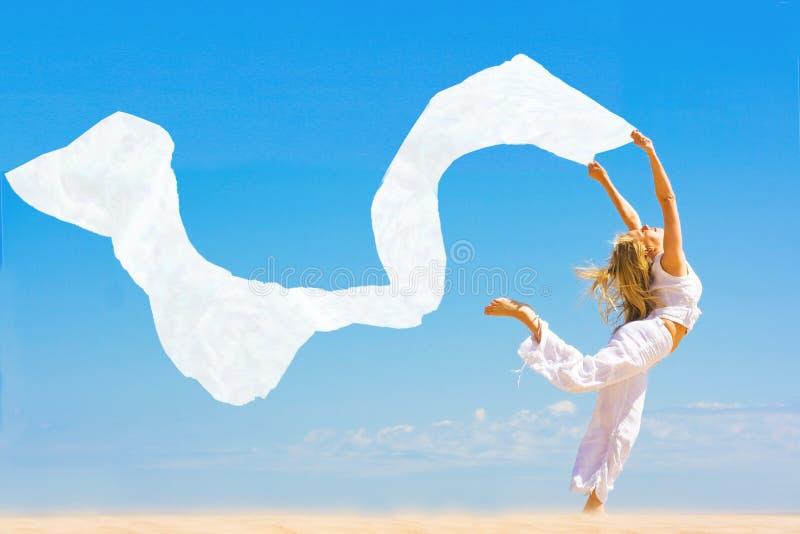 Het dansen de zomer stock foto
