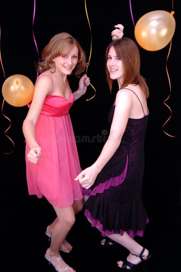 Het dansen tienerjaren bij partij royalty-vrije stock afbeelding