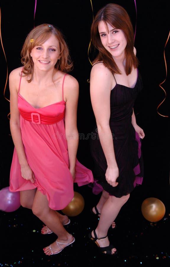 Het dansen tienerjaren bij partij royalty-vrije stock fotografie