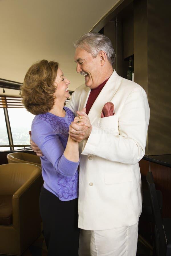 Het dansen van het paar. royalty-vrije stock fotografie