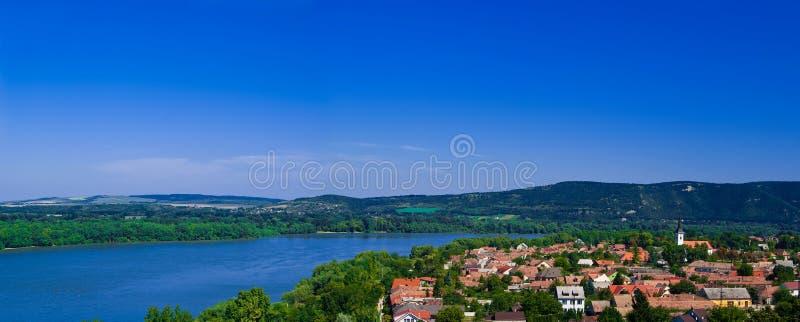 Het de krommepanorama van Donau stock foto's