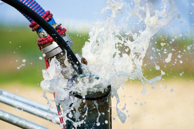 Het de ophelderingswater van de luchtcompressor droeg stock foto's