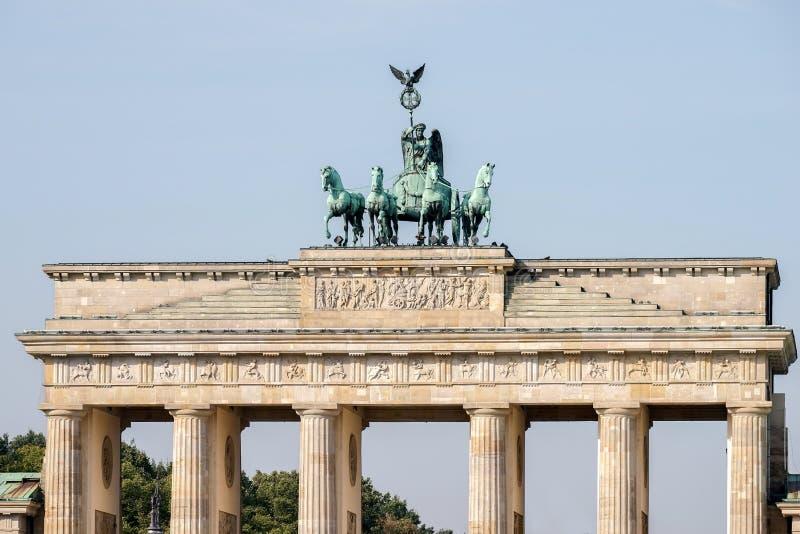 Het de Poortmonument van Brandenburg in Berlijn royalty-vrije stock afbeelding