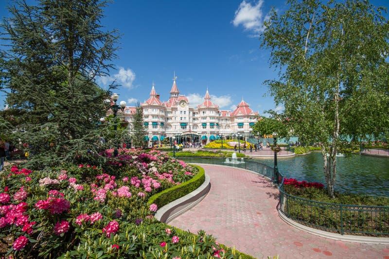 Het de Tuinen en Disney-Hotel in Disneyland Parijs stock fotografie