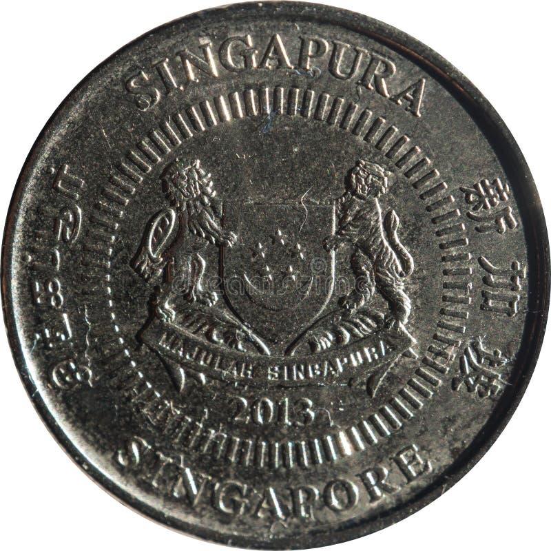Het de vijf-cent van Singapore muntstuk kenmerkt Embleem met datum onderaan en 'Singapore 'aan vier kanten in het Engels, Tamil,  royalty-vrije stock fotografie