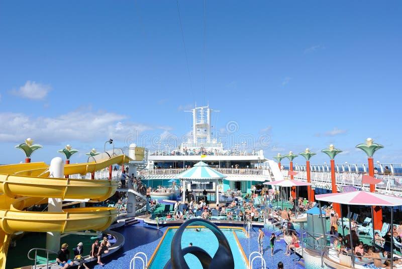 Het Dek van het Schip van de cruise stock foto