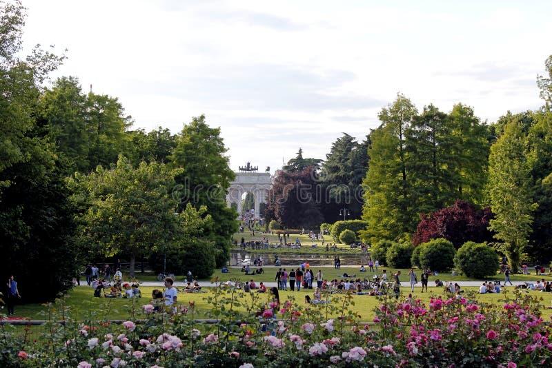 Het dellatempo van Milaan arco van sempionepark stock afbeelding