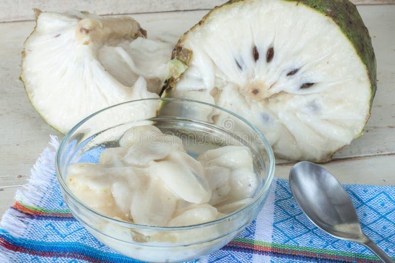 Het dessert van het zuurzakfruit royalty-vrije stock foto's