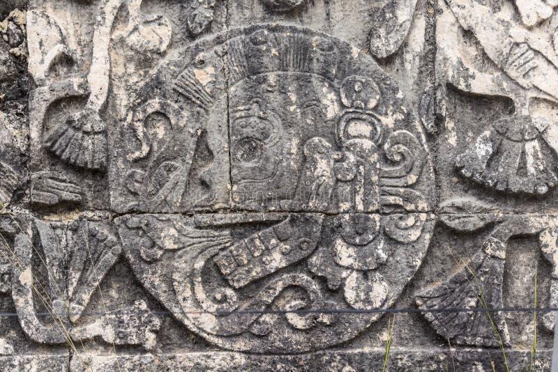 Het detail van de Bashulp op het balspelhof in Chichen Itza royalty-vrije stock fotografie