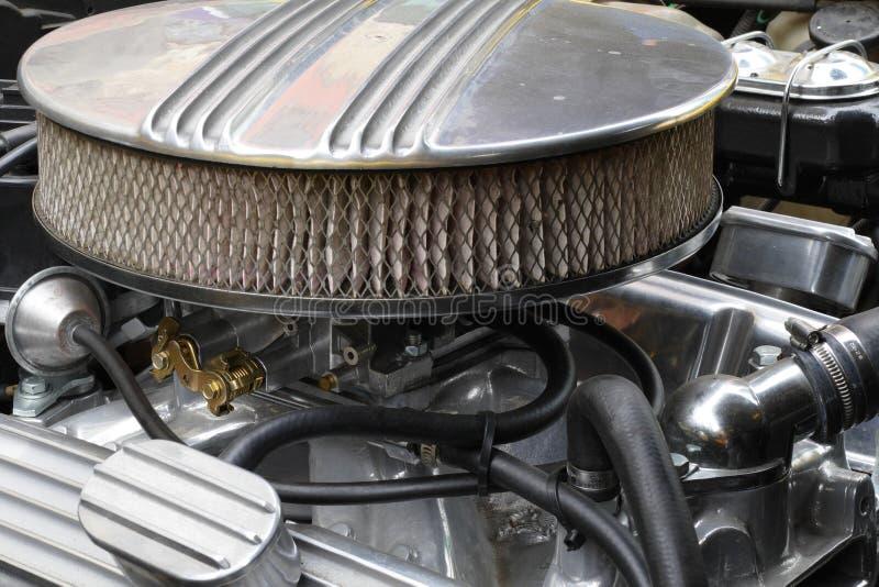 Het detail van de Oldtimermotor van een auto stock afbeeldingen
