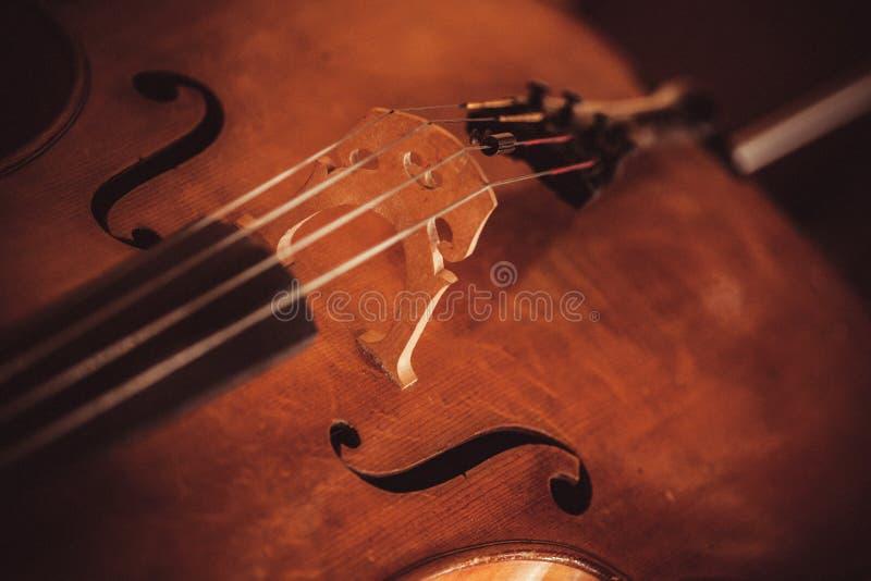 Het Detail van violoncelkoorden royalty-vrije stock afbeeldingen