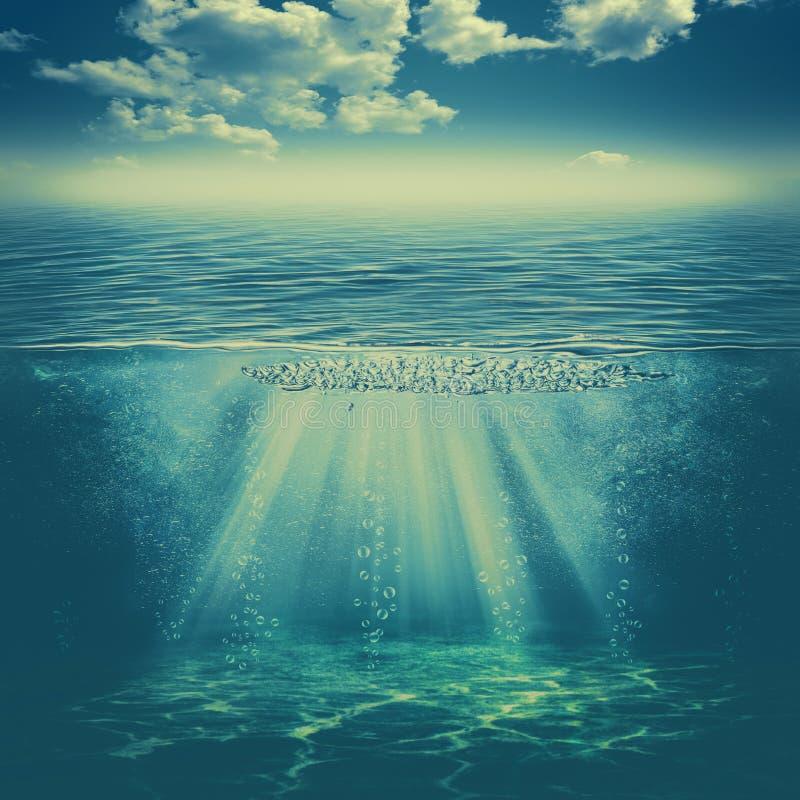 In het diepe water stock afbeelding