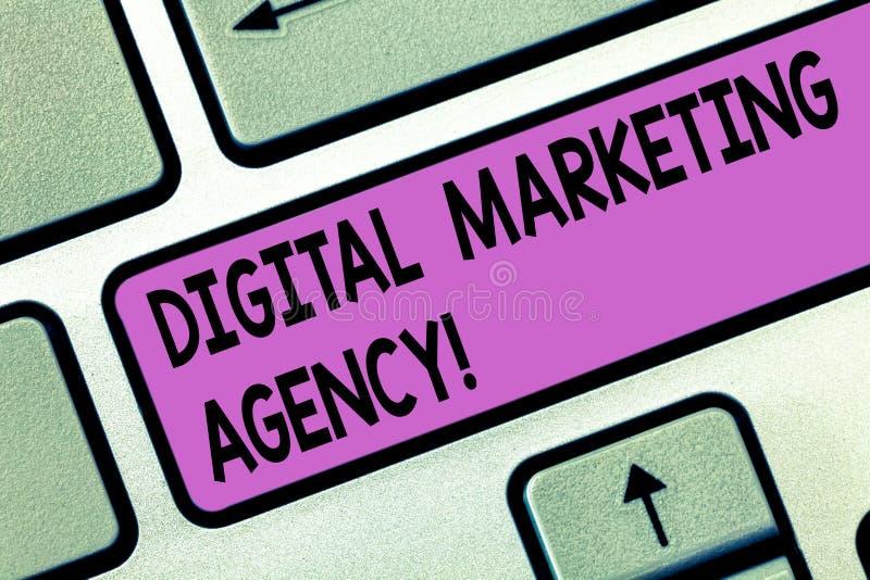 Het Digitale Op de markt brengende Agentschap van de handschrifttekst De conceptenbetekenis helpt zaken met nauwkeurige het Toets stock illustratie