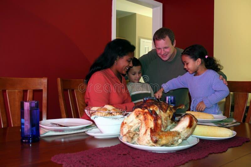 Het Diner van de Familie van de dankzegging stock afbeelding