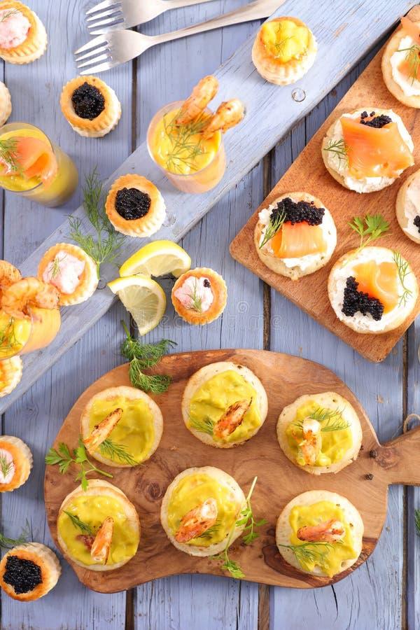 Het dineren buffet stock afbeeldingen