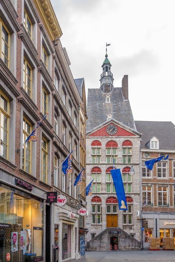 Het Dinghuis della costruzione nelle vie di Maastricht - i Paesi Bassi immagine stock