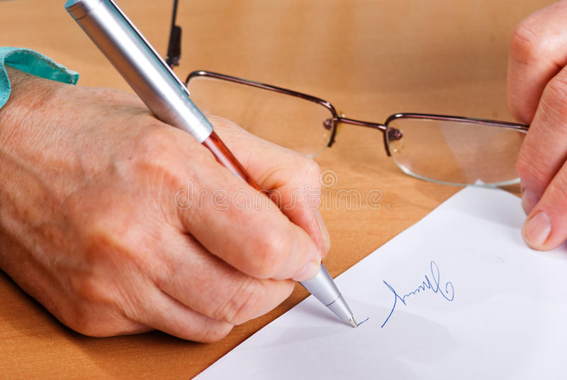 Het Document van de handtekening stock afbeeldingen