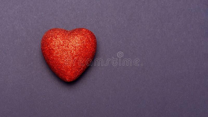 Het document van de valentijnskaartendag achtergrond met harten toning stock afbeeldingen