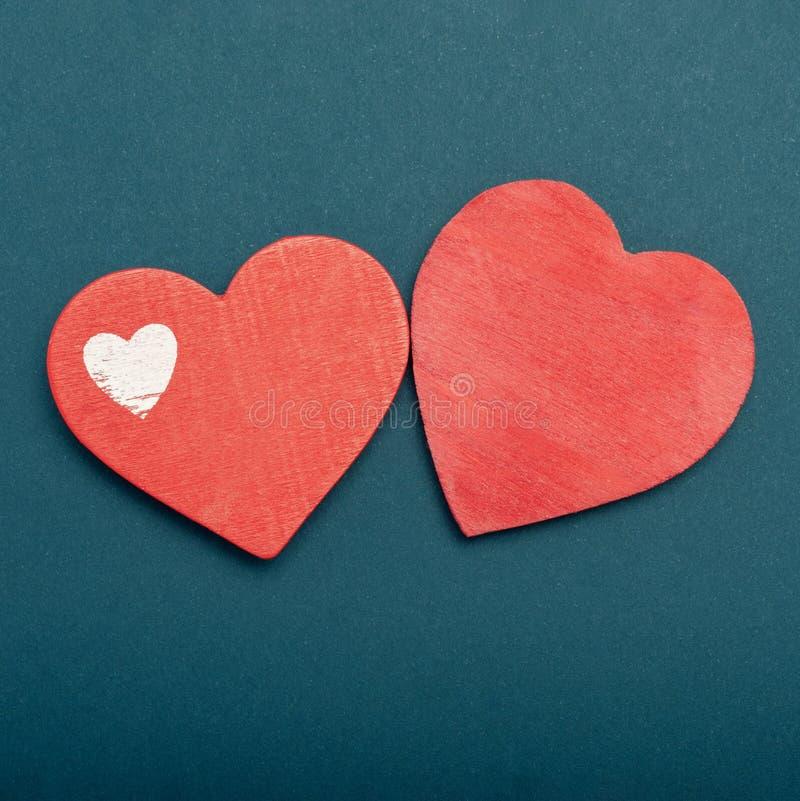 Het document van de valentijnskaartendag achtergrond met harten toning royalty-vrije stock foto's