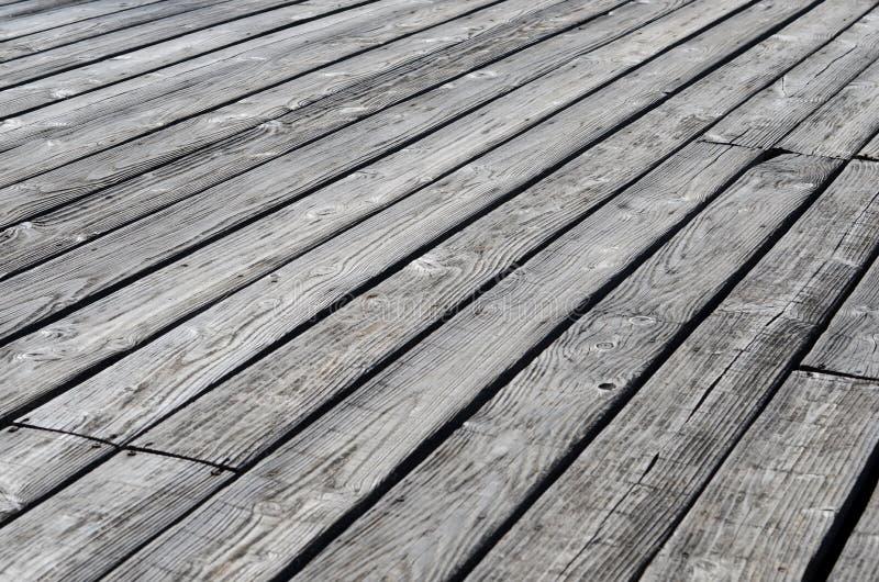 Het doorstane houten decking stock fotografie