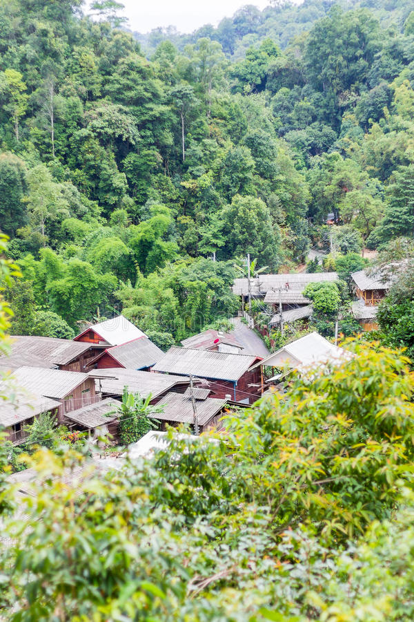 Het dorp in de bergen royalty-vrije stock foto