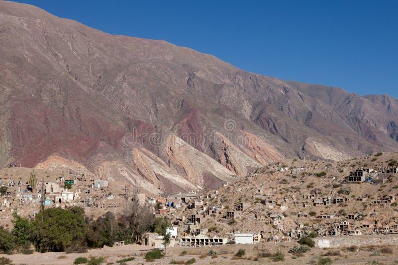 Het dorp en de begraafplaats van de berg royalty-vrije stock foto's
