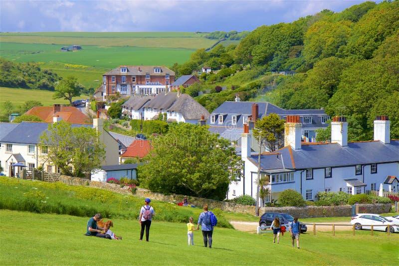 Het dorp van de Lulworthinham in Jurakust, Dorset het UK stock fotografie