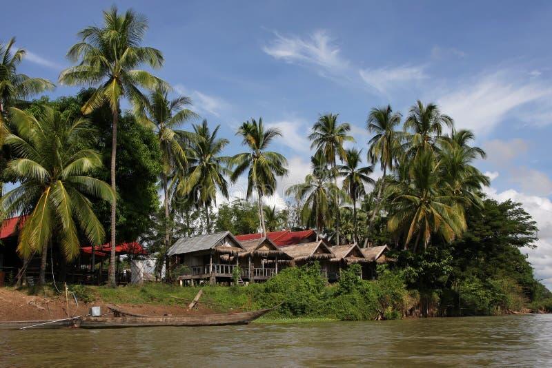 Het dorp van Det eiland, Si Phan trekt aan stock afbeeldingen