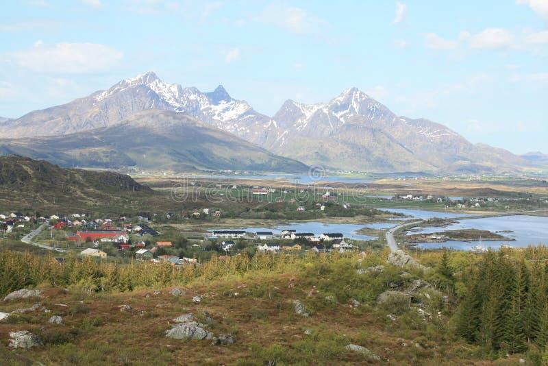 het dorp van Gravdal in Lofoten royalty-vrije stock afbeeldingen