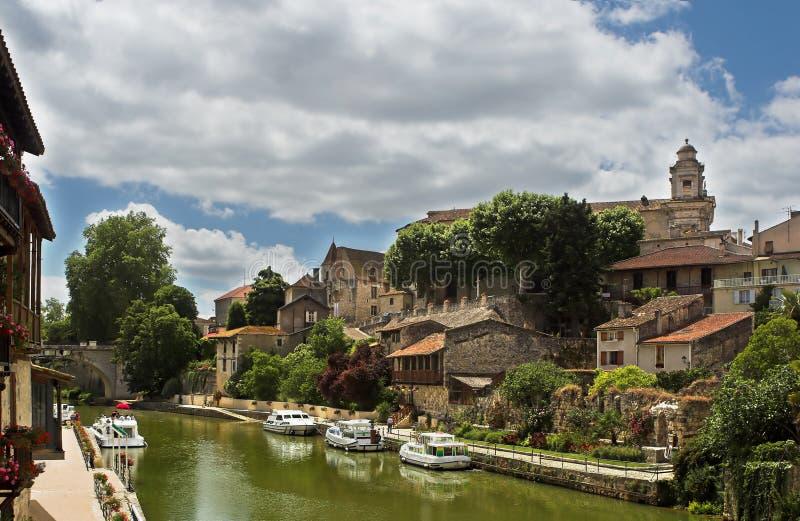 Het dorp van het kanaal in Frankrijk stock foto