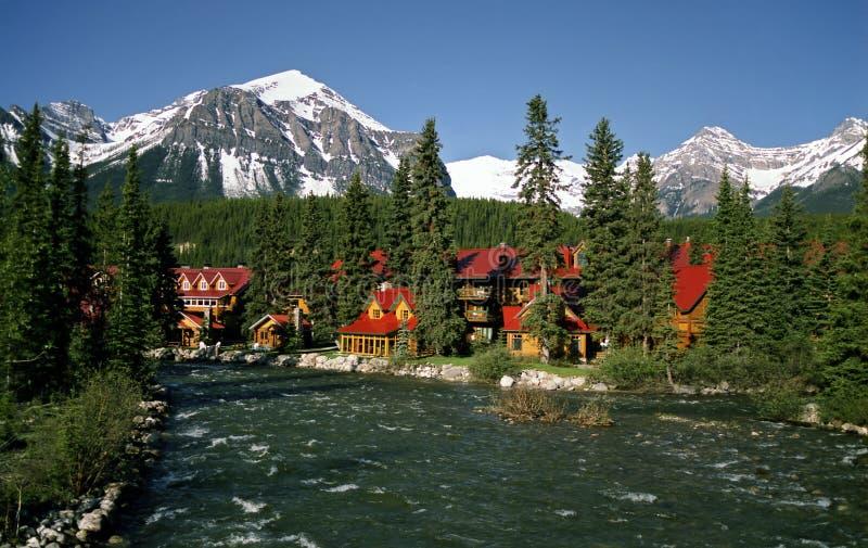 Het dorp van Louise van het meer royalty-vrije stock fotografie