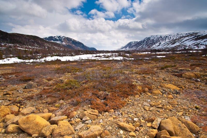 Het dorre landschap van het berggebied. royalty-vrije stock afbeeldingen