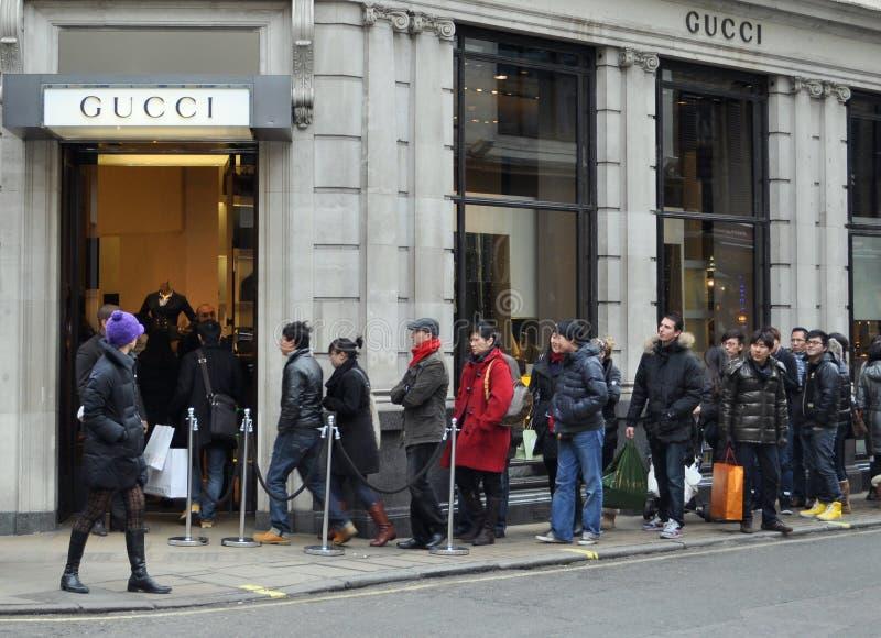 Het in dozen doen dagverkoop op de Straat van de Band, Londen stock afbeelding