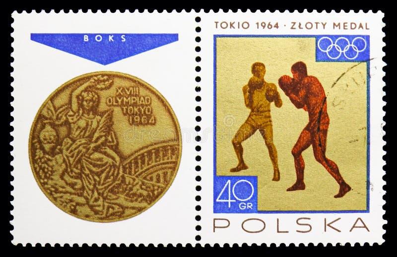 Het in dozen doen, Sport, Overwinningen door de Poolse Olympische Spelen van Team In worden gewonnen 1964 serie, circa 1965 die royalty-vrije stock foto