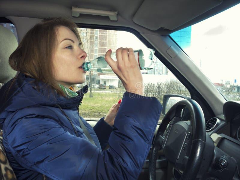 Het drijven en Drinkwater stock fotografie
