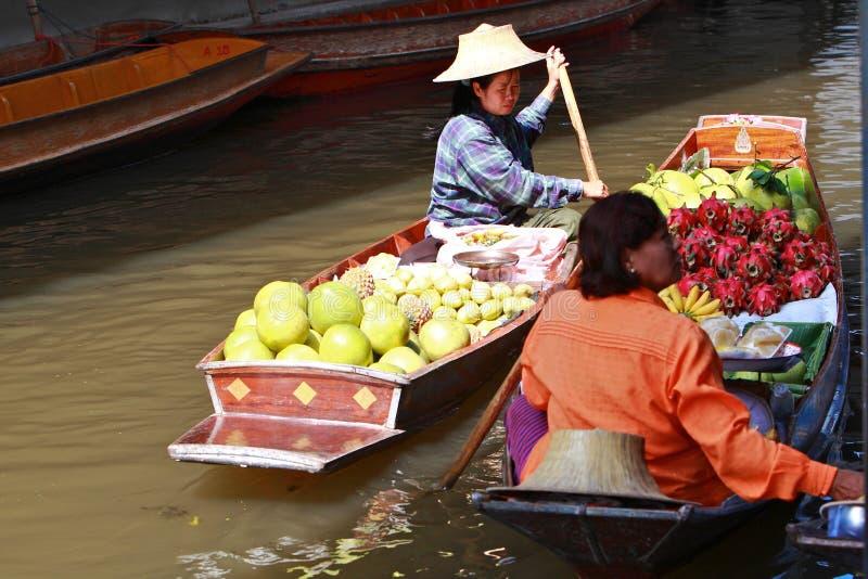 Het drijven Markt, Thailand stock foto