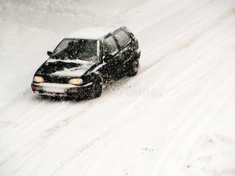 Het drijven in sneeuw 2 stock afbeeldingen