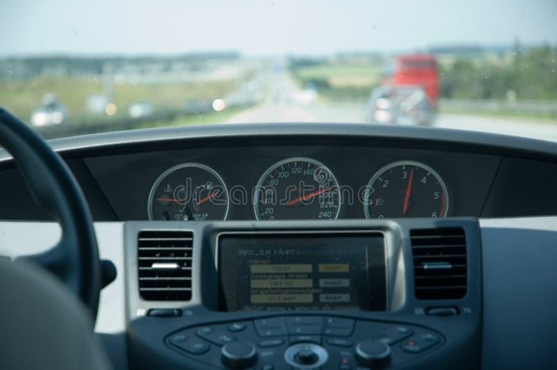 Het drijven van de hoge snelheid (Nissan) royalty-vrije stock fotografie