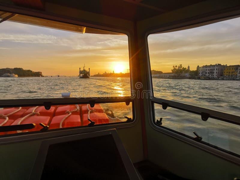 Het drijven in Venetië royalty-vrije stock foto