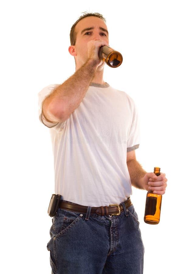Het Drinken van de mens Bier royalty-vrije stock afbeelding