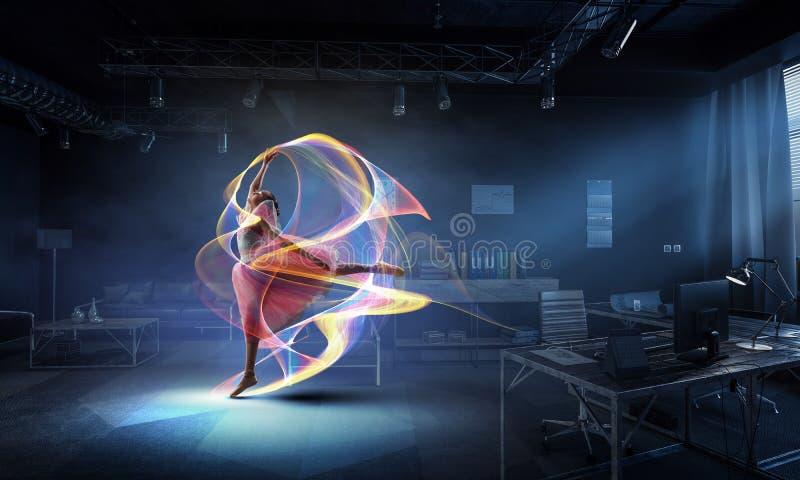 Het dromen om ballerina te worden Gemengde media royalty-vrije stock afbeelding