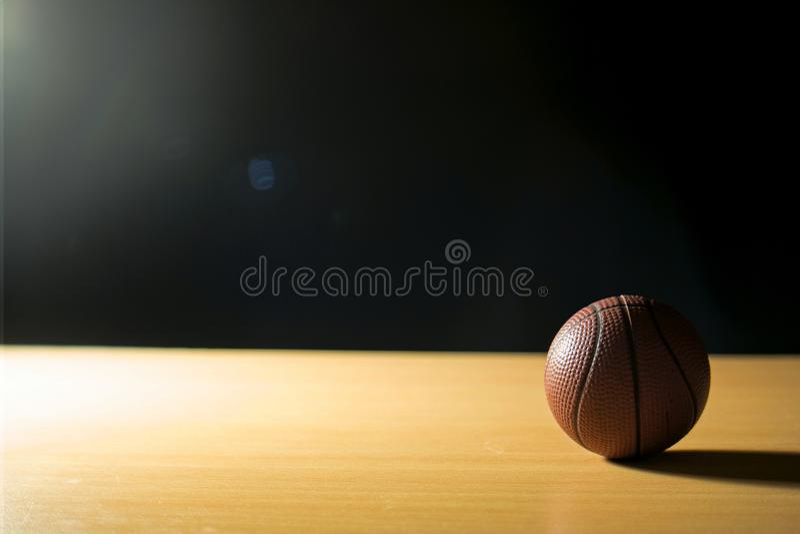 Het dromen op basketbal royalty-vrije stock foto's