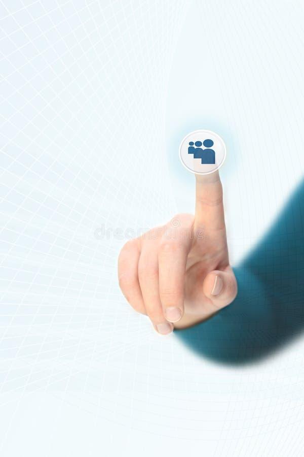 Het drukken van de hand sociale media knoop stock afbeelding