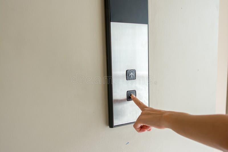 Het drukken van de lift stock fotografie