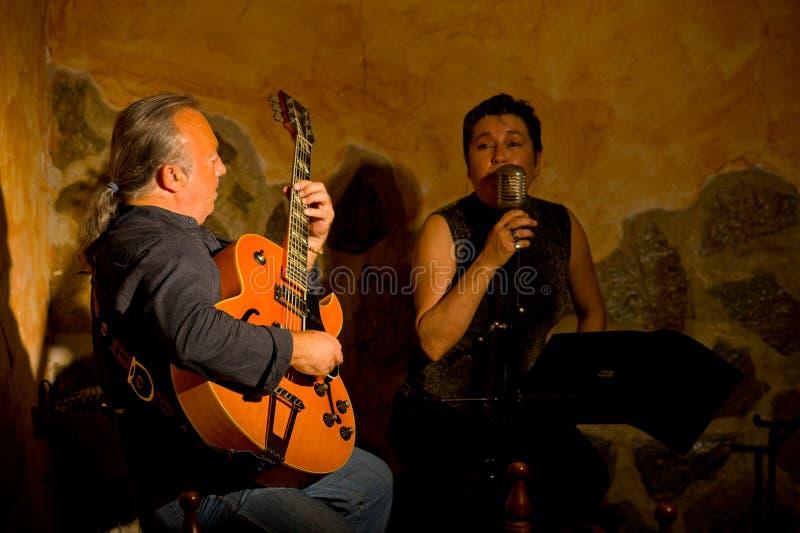 Het duet van de jazz op stadium stock afbeelding