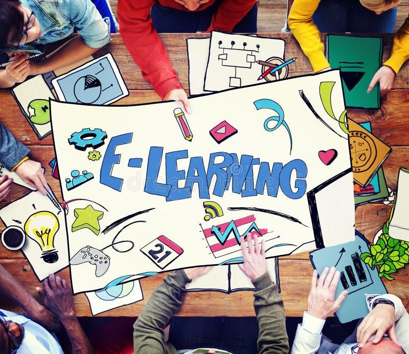 Het e-lerend Concept van de Onderwijs Globale Communicatietechnologie stock foto's