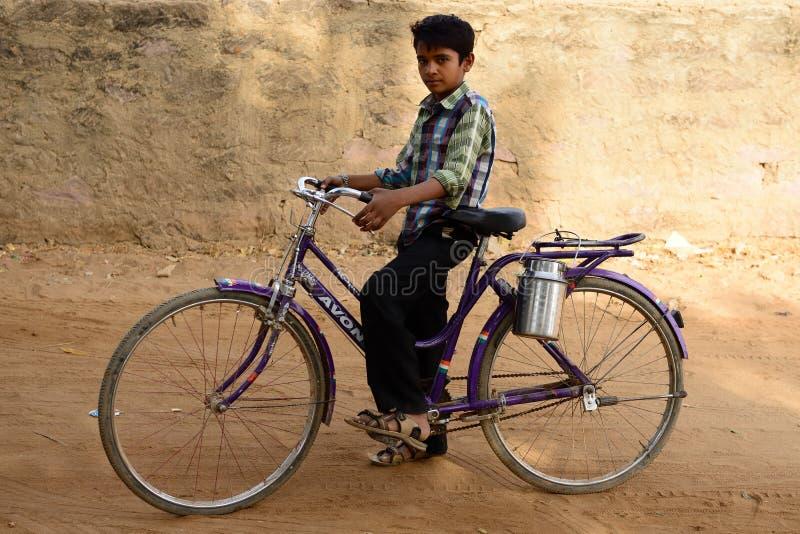 Het eenvoudige leven op de woestijn in Gujarat stock fotografie