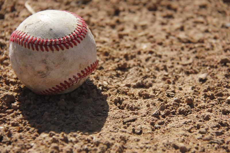 Het Eenzame Honkbal stock afbeeldingen