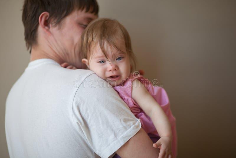 het eerste tandconcept kind in roze royalty-vrije stock afbeelding